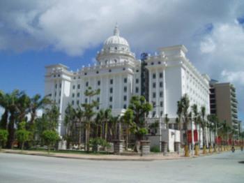 家露国际大酒店热泵热水工程
